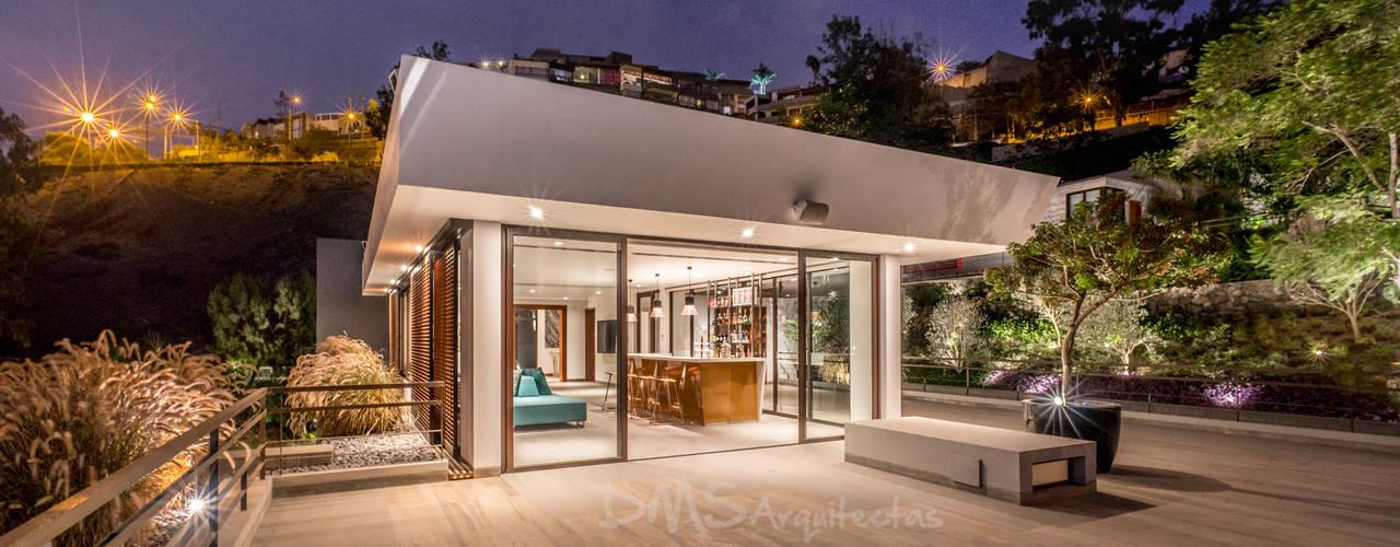 Casas estilo moderno: ideas, arquitectura e imágenes de DMS Arquitectas Moderno