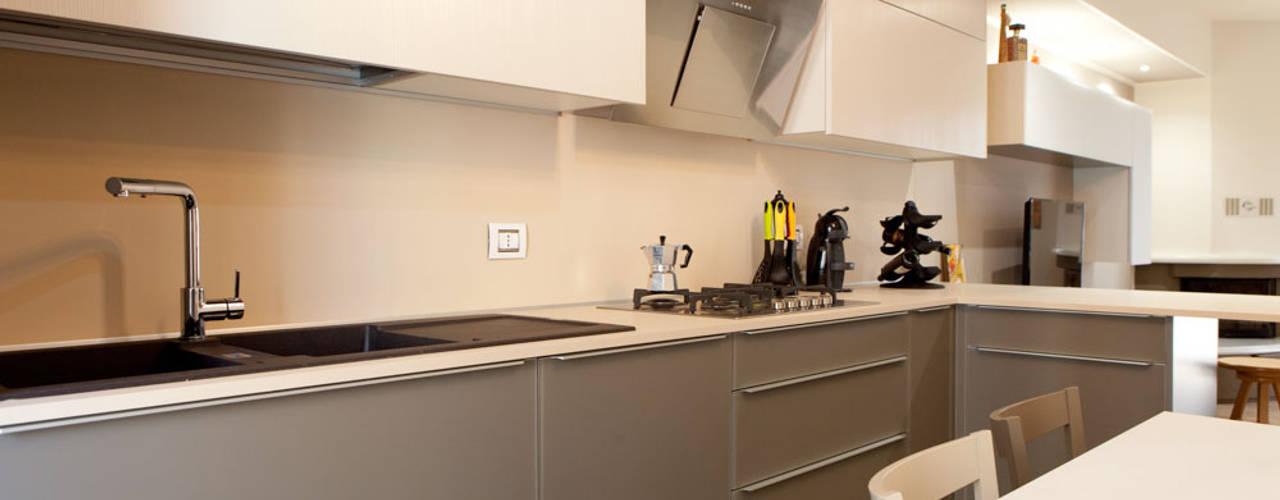 Andrea Picinelli Cocinas de estilo moderno