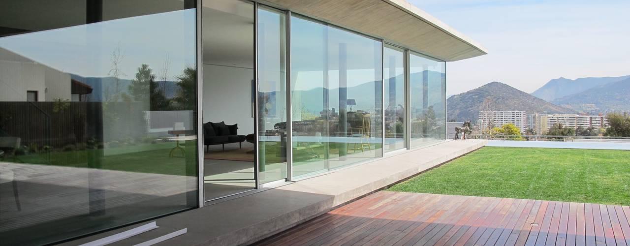 CASA CLAVEL surarquitectura Casas de estilo minimalista