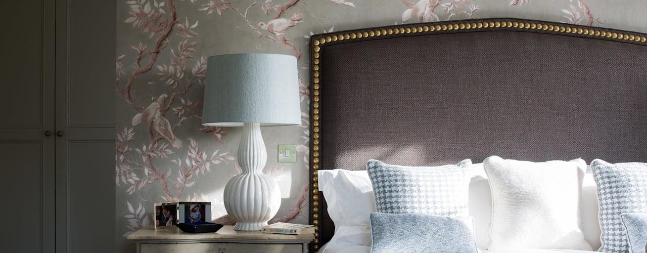 Country Manor :  Bedroom by Thompson Clarke
