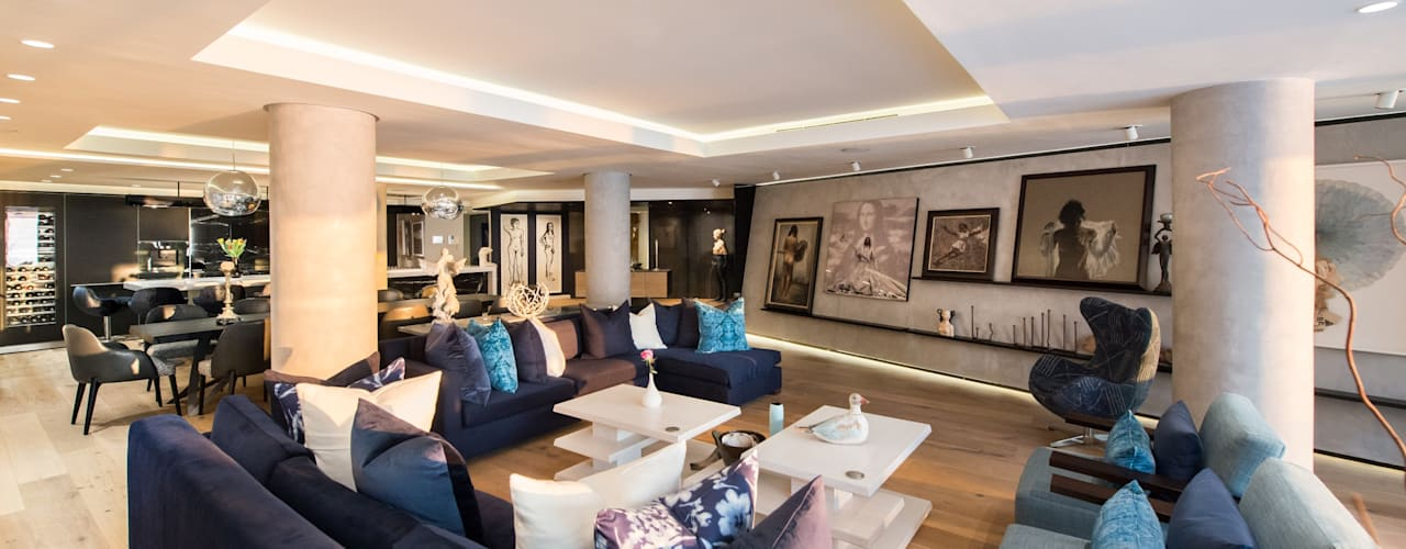Luxurious Clifton Apartment:  Living room by Inhouse ,