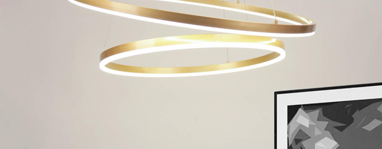 s.LUCE Ring Limited LED-Ringe mit Ø 60 / 80 / 100 cm in Goldfarben:   von Licht-Design Skapetze GmbH & Co. KG