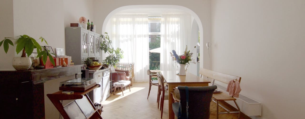 Classic style dining room by studiopops Classic