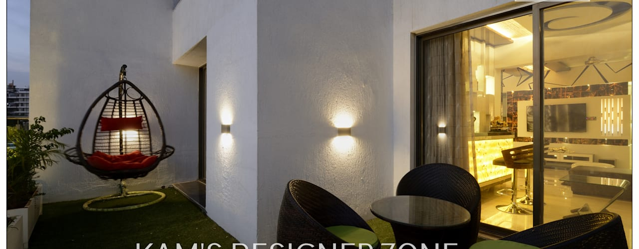 Home interior Design for Manish Thakkar:  Corridor & hallway by KAM'S DESIGNER ZONE