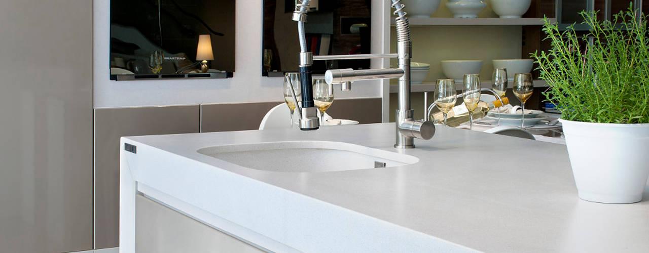 Projekty,  Kuchnia zaprojektowane przez Fİ DİZAYN Mermer, Granit, Quars Satış ve Uygulama
