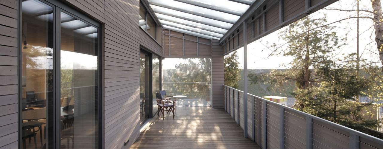 FERIENHAUS AM BODENSEE:  Terrasse von ARCHITEKTEN GECKELER
