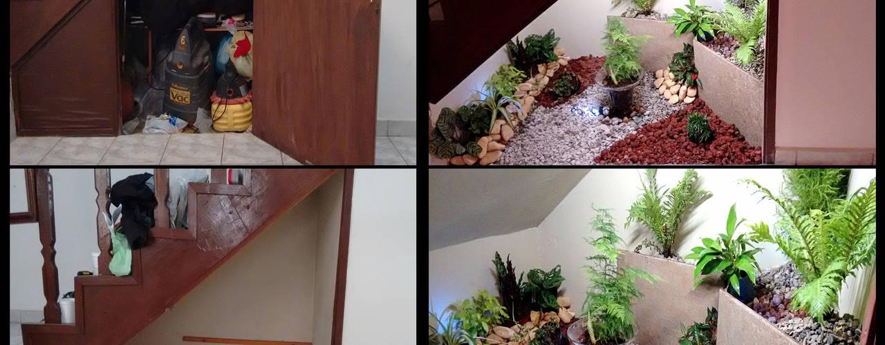 diseño  jardin interior .bajo escaleras: Pasillos y recibidores de estilo  por 3HOUS