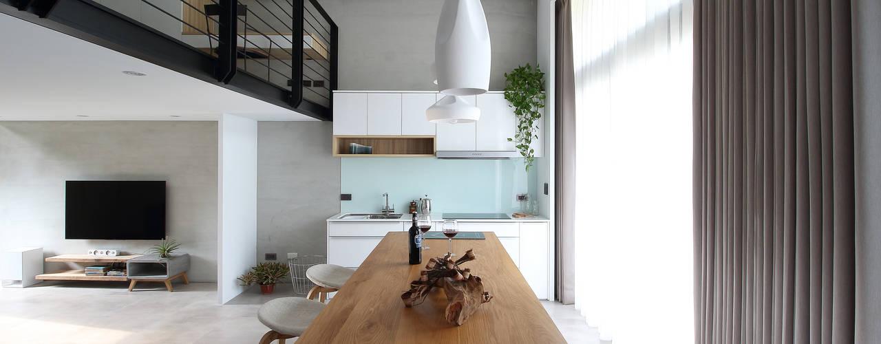 光影移徙:  廚房 by 樂沐室內設計有限公司