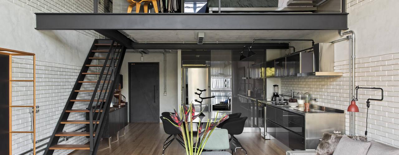 DIEGO REVOLLO ARQUITETURA S/S LTDA. Modern living room