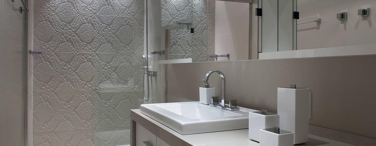 Apartamento Residencial Banho Suíte Banheiros modernos por Ana Maria Dickow Arquitetura & Interiores Moderno