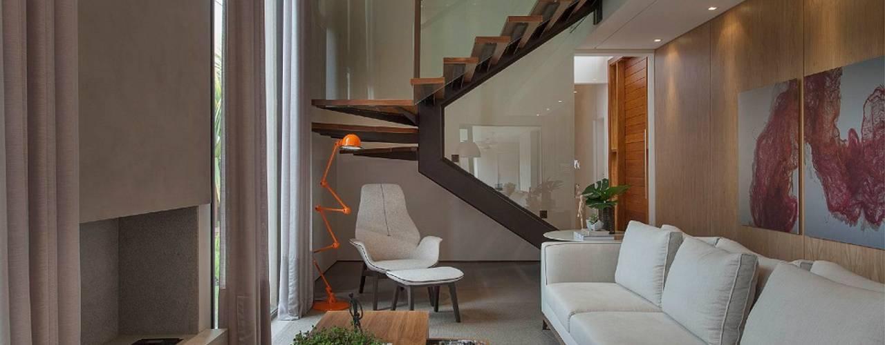 Гостиная в . Автор – Del Nero Da Fonte Arquitetura