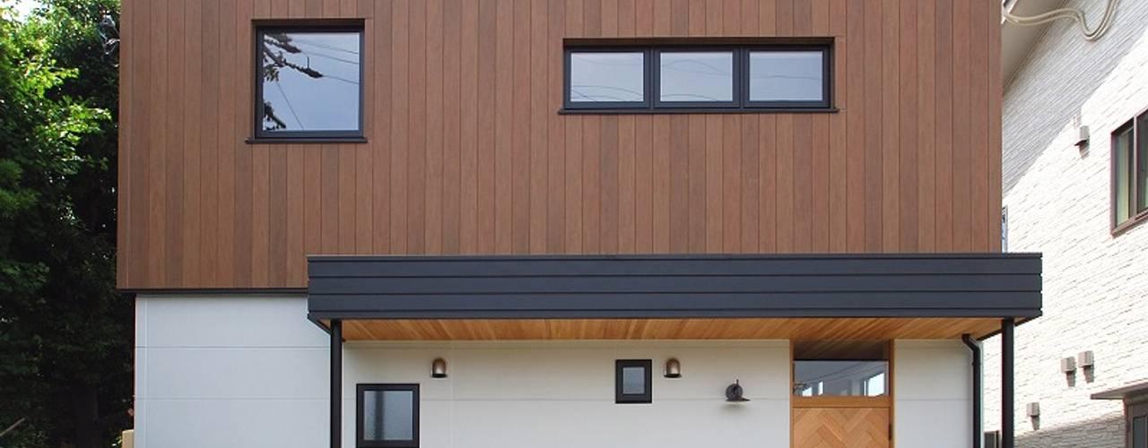 s邸 - トリコム - モダンな 家 の Ju Design 建築設計室 モダン