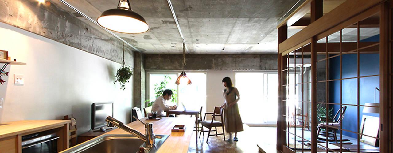 Higashiashiya-H オリジナルデザインの キッチン の 今津修平/株式会社MuFF オリジナル