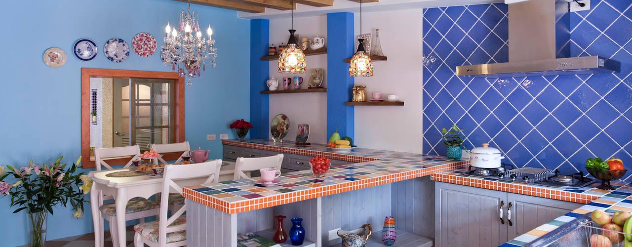 Color-Lotus Design ห้องครัวตู้เก็บของและชั้นวางของ กระเบื้อง Blue