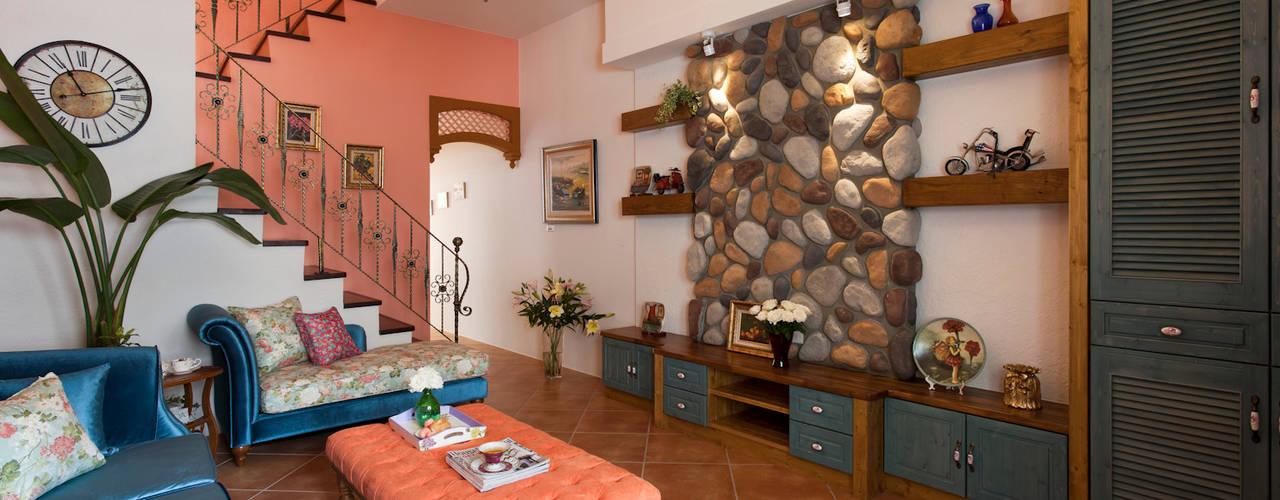 Ruang Keluarga Gaya Country Oleh 采荷設計(Color-Lotus Design) Country
