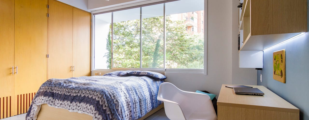 Casa mediterránea: Habitaciones de estilo  por Adrede Diseño,