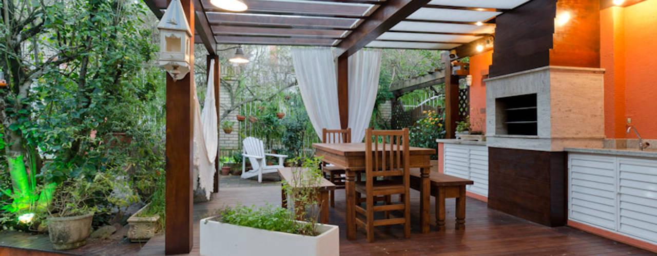 Jardines de estilo ecléctico de Milena Decker Arquiteura Ecléctico