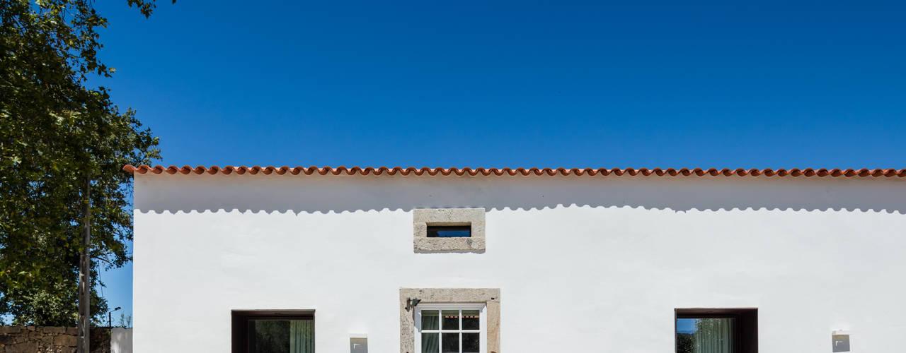 Casas de estilo clásico por PROD Arquitectura & Design