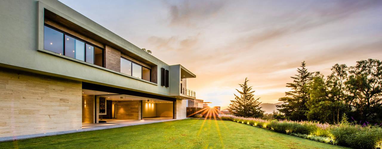 Sobrado + Ugalde Arquitectos 모던스타일 주택