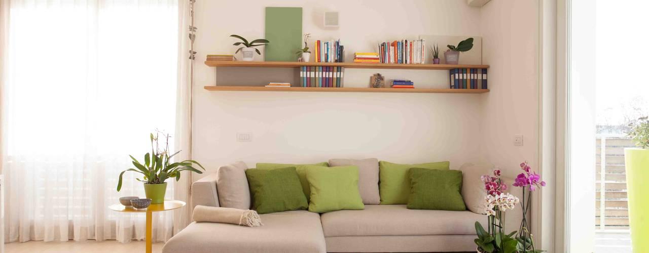Salas de estar escandinavas por Marianna Porcellato Porvett Escandinavo