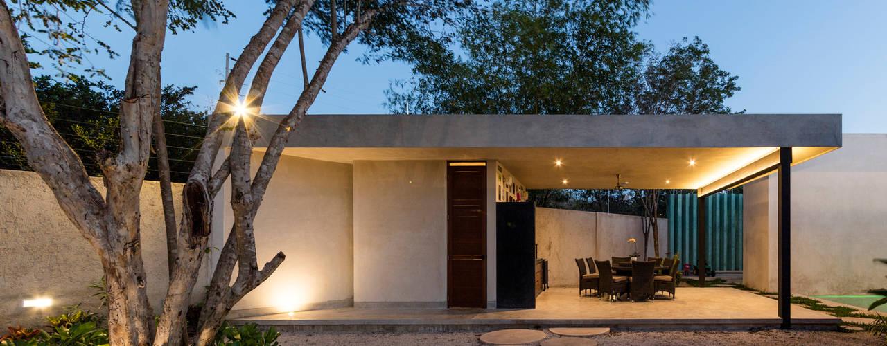 Paredes de estilo  por Taller Estilo Arquitectura