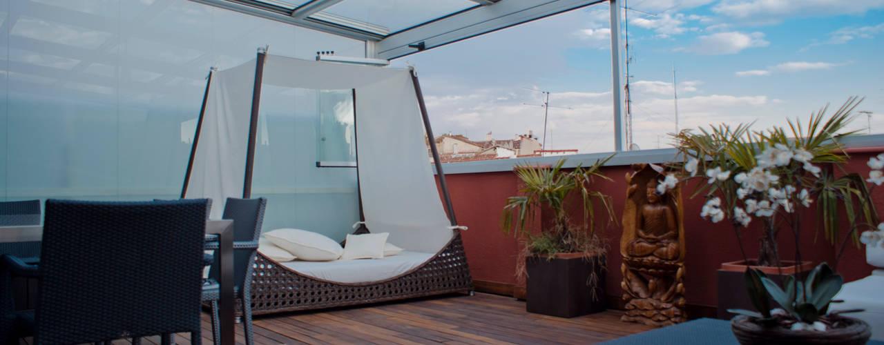 Cerramiento de aluminio en Madrid - 9: Terrazas de estilo  de Fraimar Aluminios S.L.
