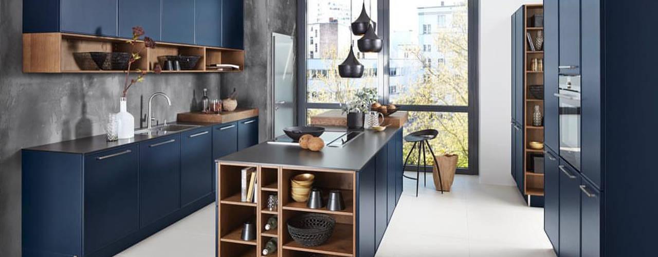 Cocinas de estilo moderno por Klas Mimarlık