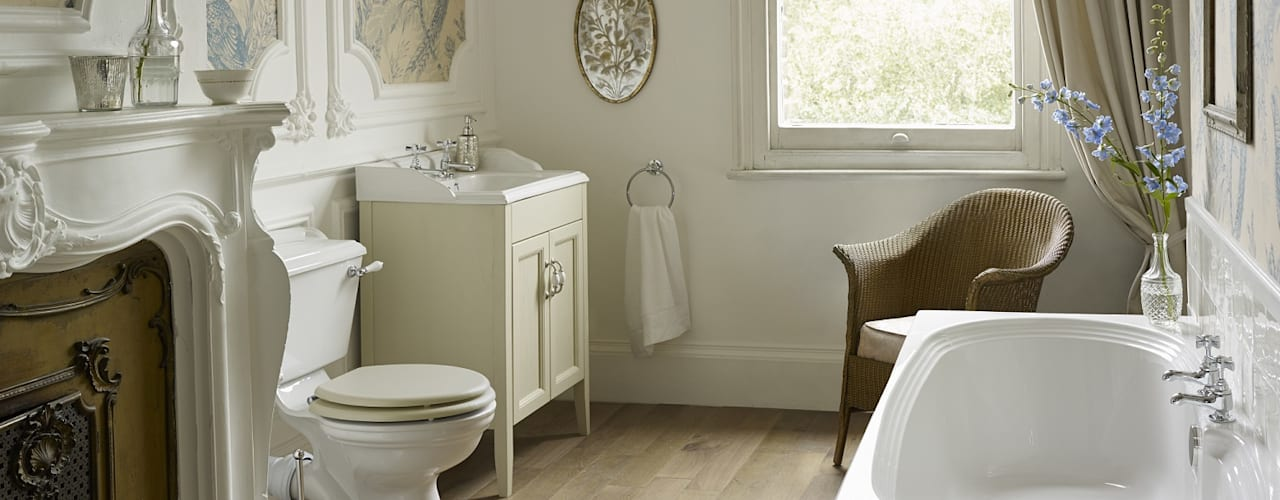 Dorchester suite with fitted bath:  Bathroom by Heritage Bathrooms
