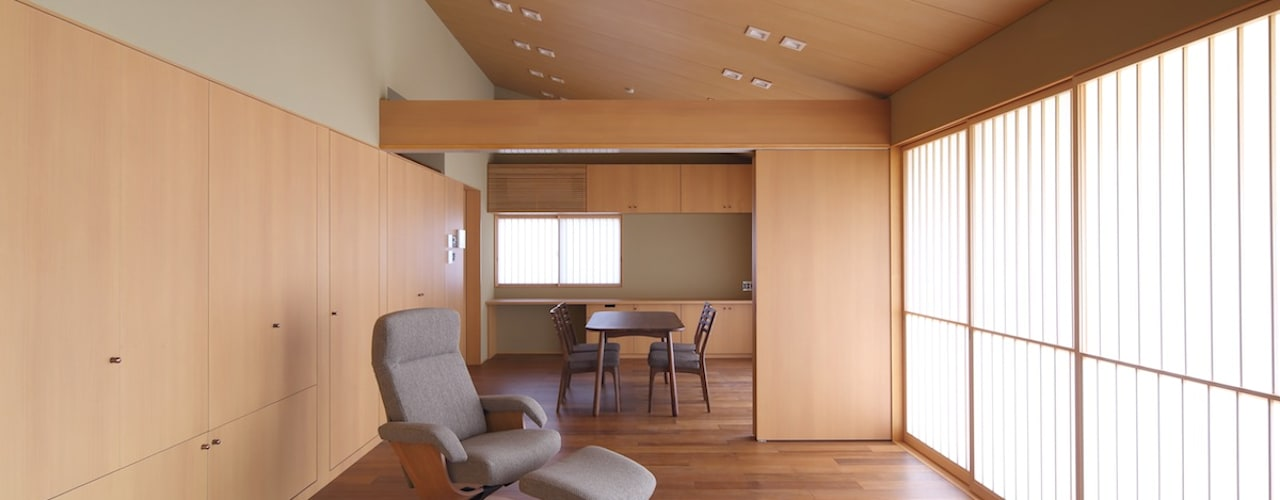横浜の和風二世帯住宅 株式会社 北島建築設計事務所 和風デザインの リビング