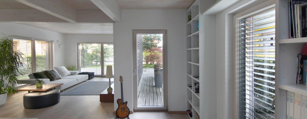 Casa SG Soggiorno moderno di Studio Ecoarch Moderno