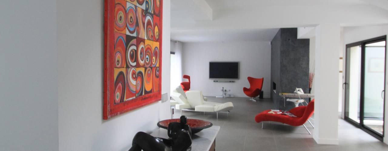 minimalist  by h(O)me attitudes by Sylvie Grimal, Minimalist