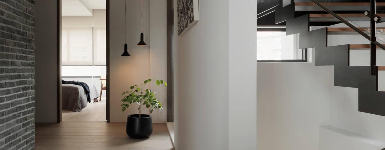 展Zhan 根據 禾築國際設計Herzu Interior Design 現代風