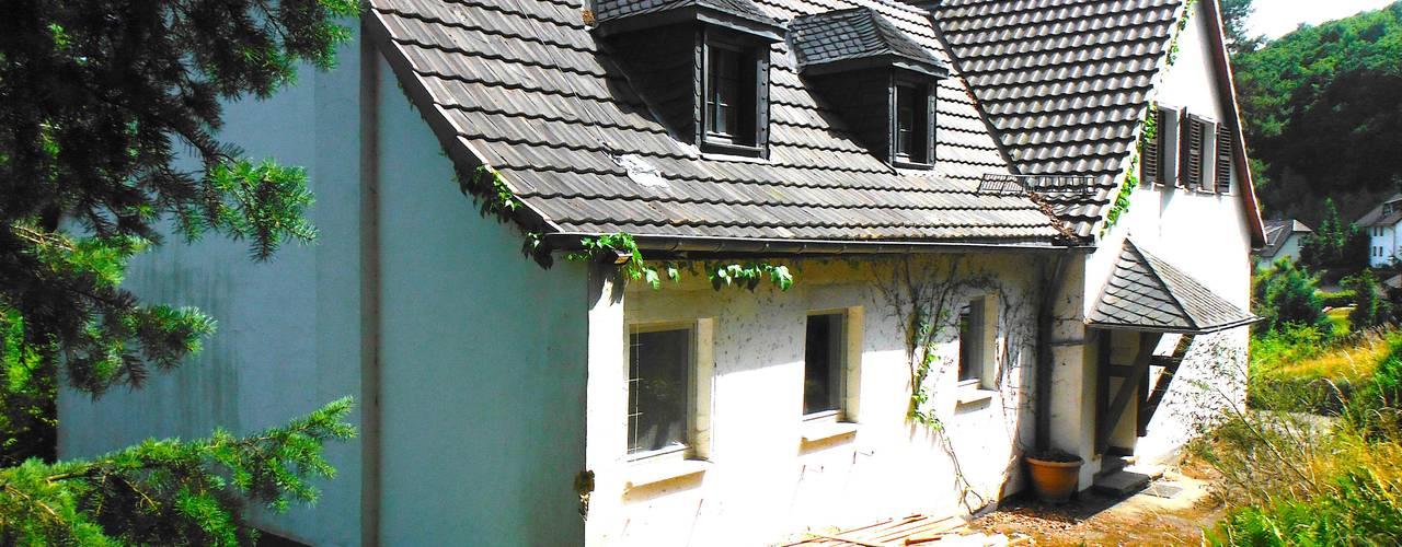Landhaus mit Weitblick Bj. 1950, Umbau und energetische Sanierung zum KfW-Effizienzhaus, Projekt in Arbeit pickartzarchitektur Landhäuser Stein Weiß