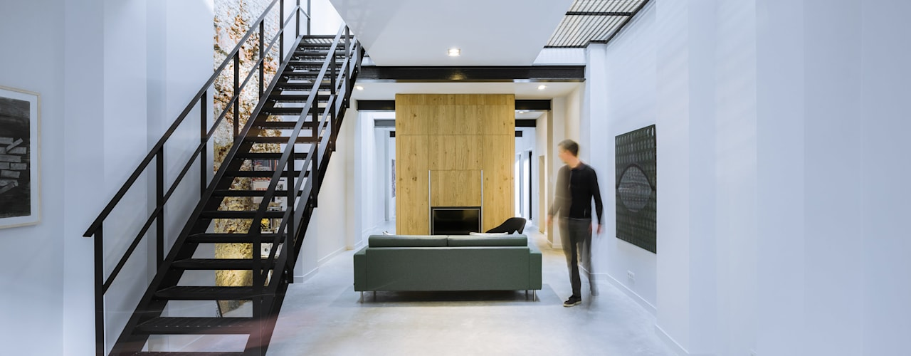 Ruang Keluarga Modern Oleh EVA architecten Modern