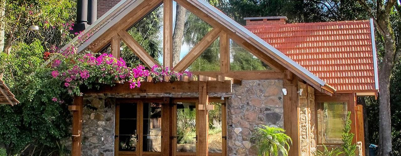 Soluções Únicas Simone Miranda Representante - Amplex Aberturas em PVC Casas do campo e fazendas Efeito de madeira