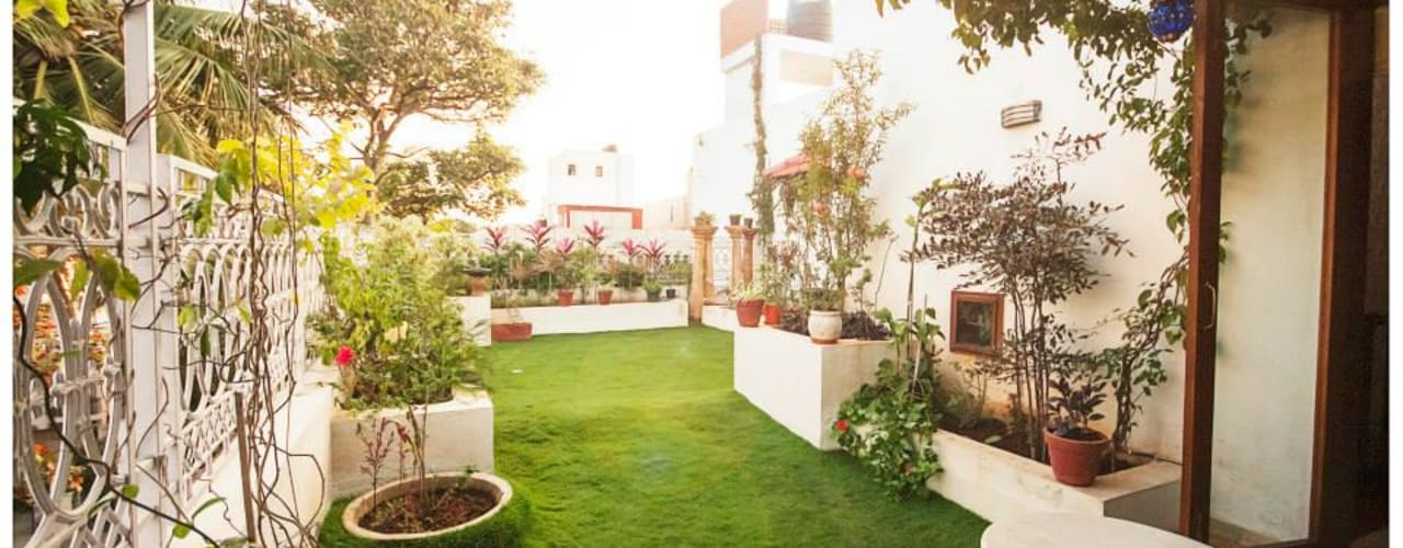 Rahaman's residence Eclectic style garden by Sandarbh Design Studio Eclectic