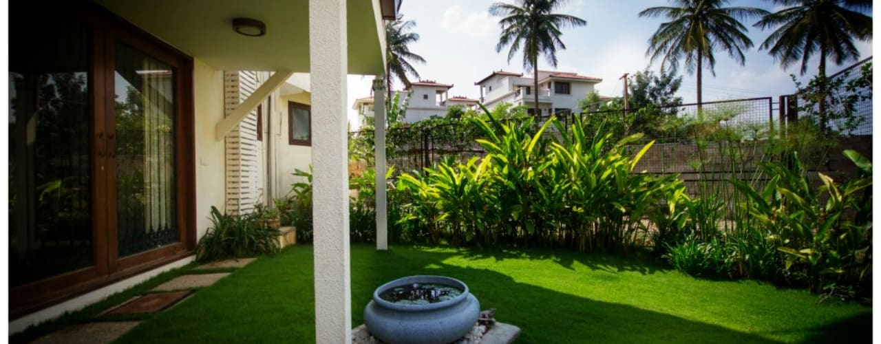 Kannan - Sonali and Gaurav's residence:  Garden by Sandarbh Design Studio