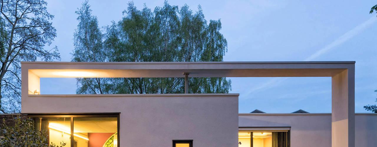 Flexibele paswoningen 'Het Dorp':  Prefab woning door Archipelontwerpers