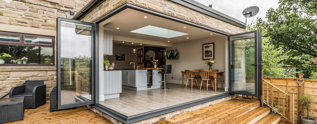 High Peak. Stunning views of the High Peak countryside from this family room extension John Gauld Photography Modern houses
