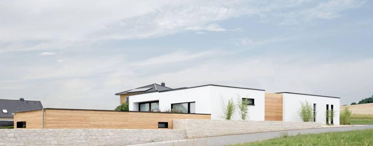 Exclusiver Bungalow mit hochwertiger Ausstattung in Lichtenfels von wir leben haus - Bauunternehmen in Bayern Ausgefallen