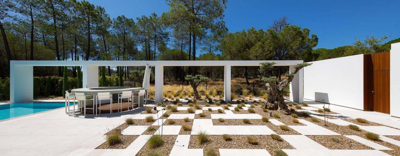 Giardino minimalista di Jardíssimo Minimalista