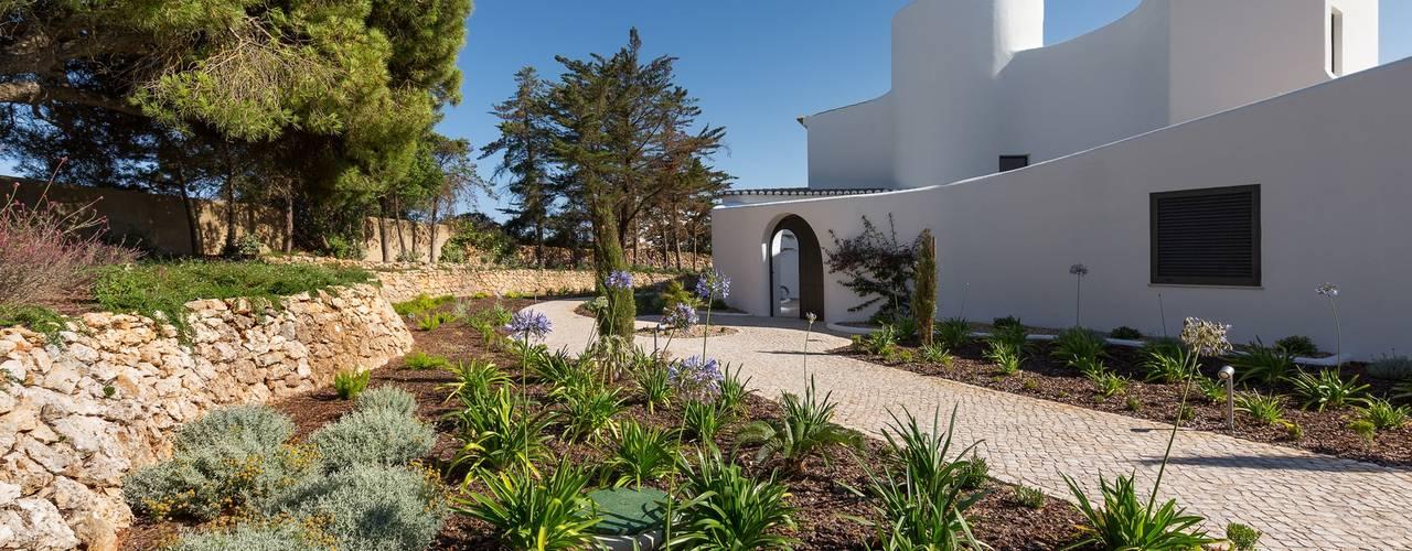 Casa Capricórnio Jardíssimo Jardins modernos