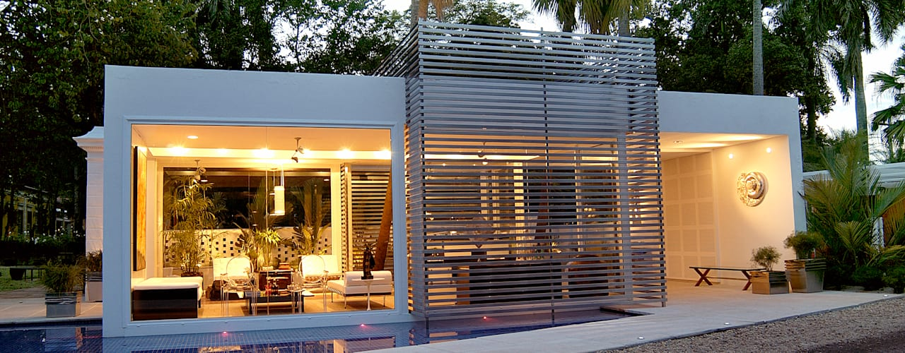 Persianas de estilo  por Izilda Moraes Arquitetura