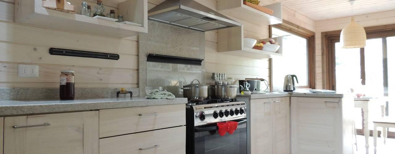 廚房 by David y Letelier Estudio de Arquitectura Ltda.
