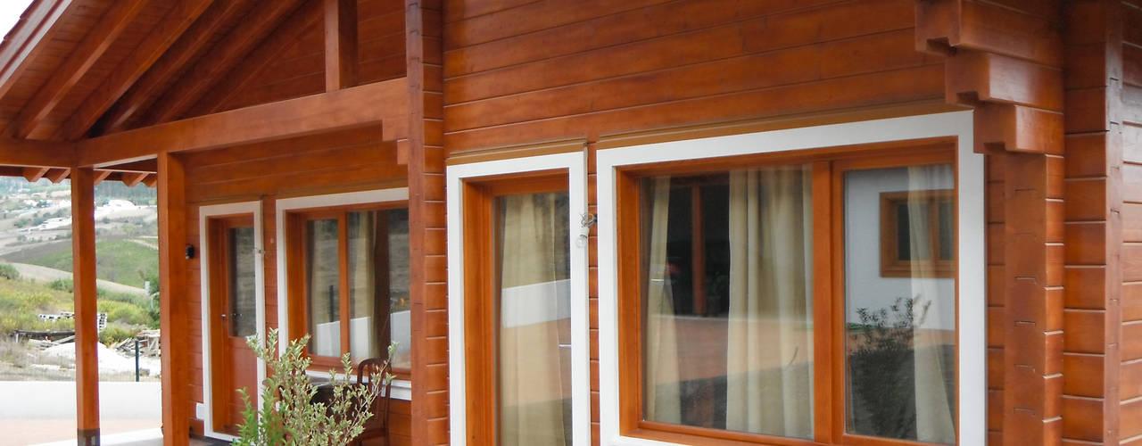RUSTICASA | Quinta do Arneiro | Alenquer: Casas de madeira  por Rusticasa