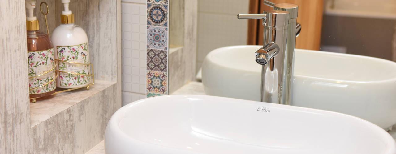 モダンスタイルの お風呂 の ARCOP Arquitectura & Construcción モダン