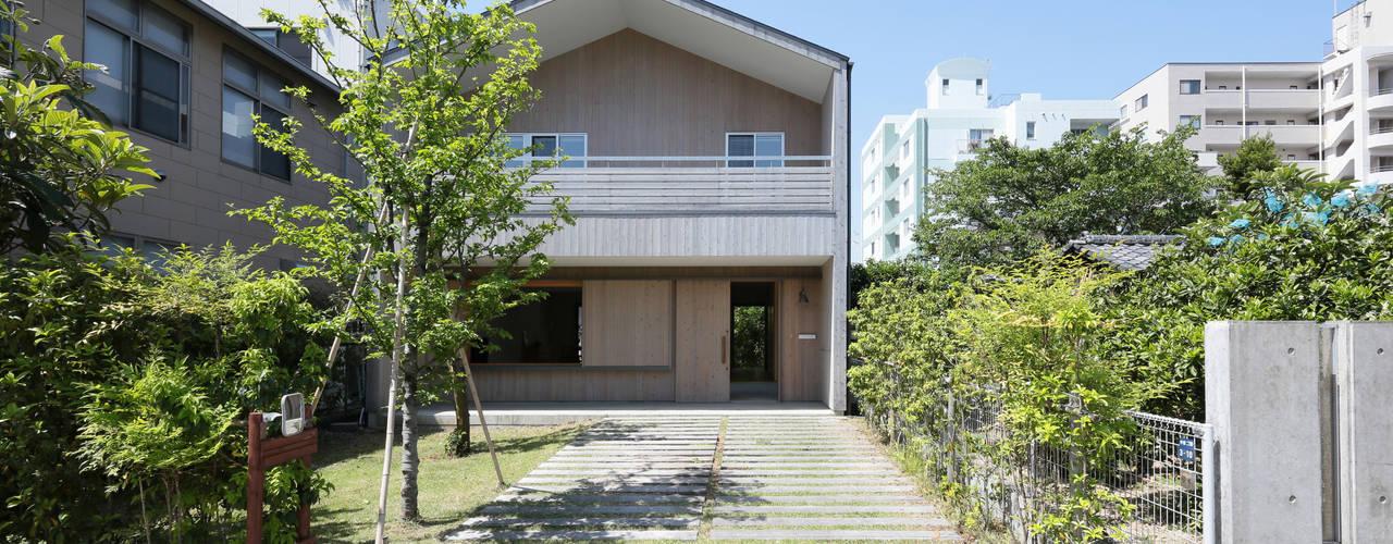 現代房屋設計點子、靈感 & 圖片 根據 佐藤重徳建築設計事務所 現代風