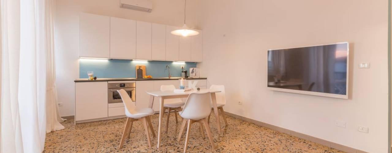 Anna Leone Architetto Home Stager:  tarz Yemek Odası