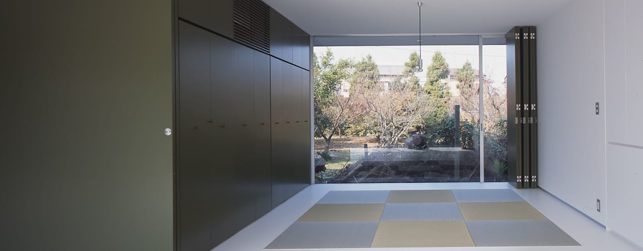 コンセント: Smart Running一級建築士事務所が手掛けた和室です。