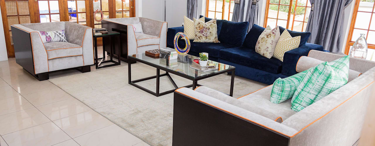 Contemporary meets African accents : modern  by Indoni Interiors , Modern